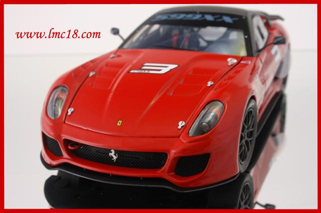 Photos de la Ferrari 599XX Elite Rouge #3 au 1/18