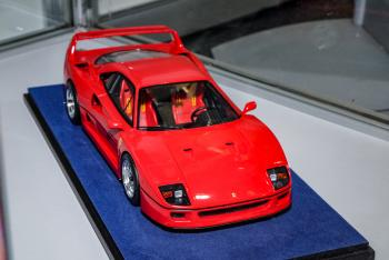 Nuremberg 2019 : Looksmart : Photo de la future Ferrari F40 au 1/18