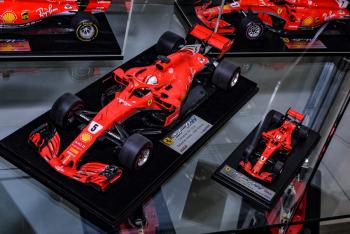 Nuremberg 2019 : Looksmart : Photo de la Ferrari SF71-H 2018 au 1/18