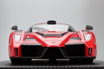 Top Marques : Preview Octobre 2018 : TOP064D : Photos de la future Gemballa Enzo MIG-U1 rouge au 1/18