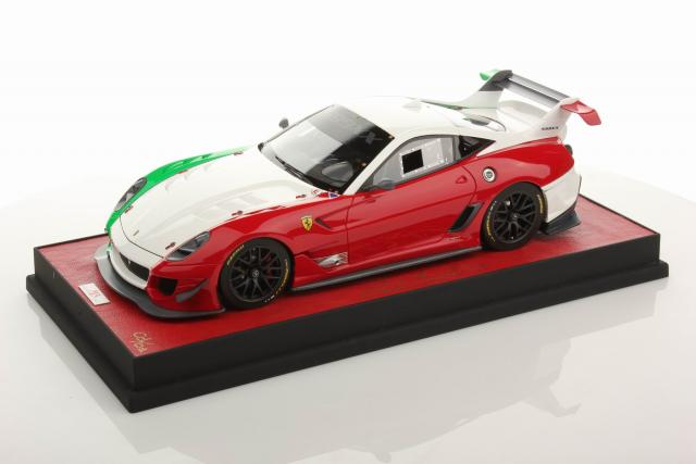 MR Models : Ferrari 599 XX EVO Italy Configuration 1/18