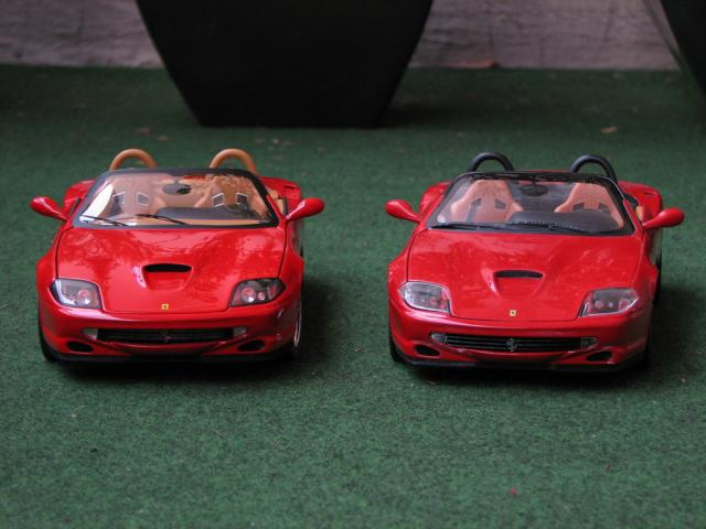 Comparatif 550 Barchetta HotWheels vs Elite 1/18