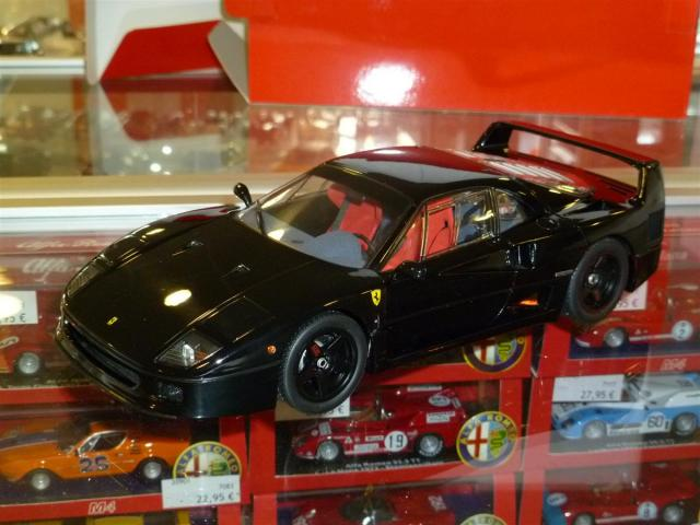Photos de la Ferrari F40 Kyosho LW High End Noire au 1/18